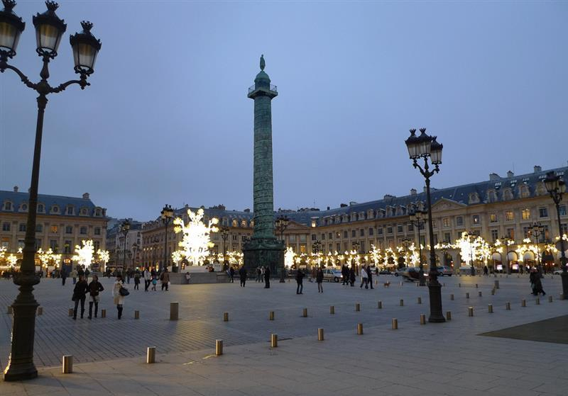 pracas-reais-de-paris-place-vendome-foto-de-mark-hogan