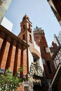 castillo-pittamiglio-em-montevideu-torres-do-castelo-foto-facebook-oficial
