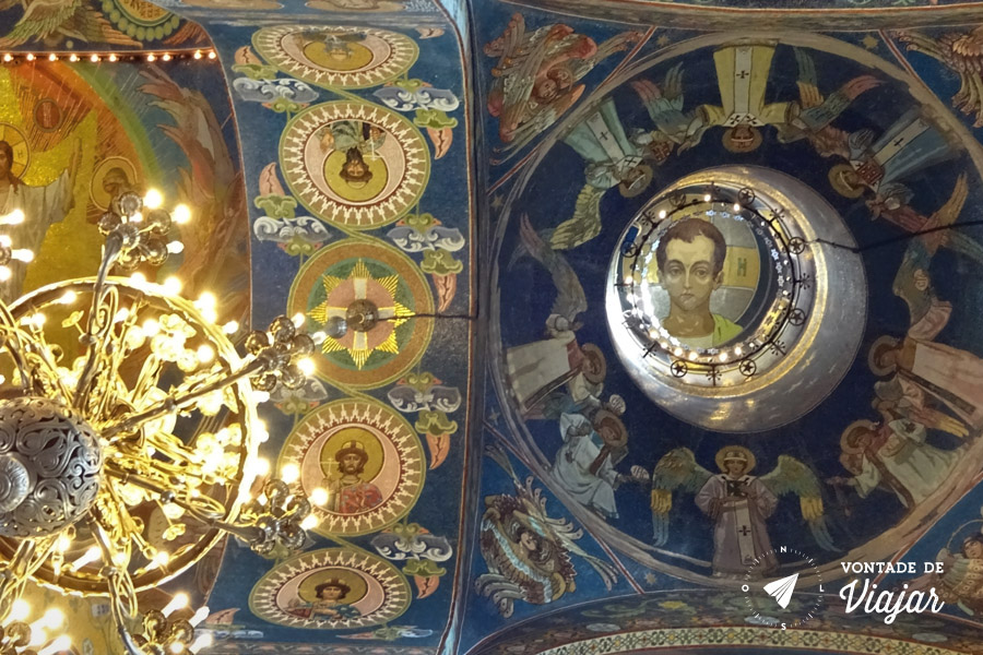 st-petersburgo-catedral-do-sangue-derramado-jesus-menino