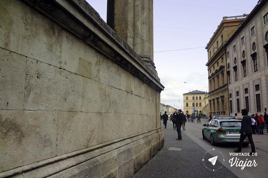 munique-local-da-placa-na-residenzstrasse