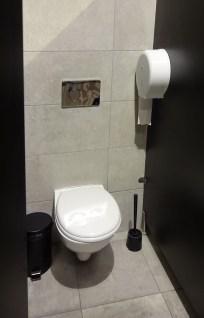 Hostel em Sevilha - Banheiro cabine