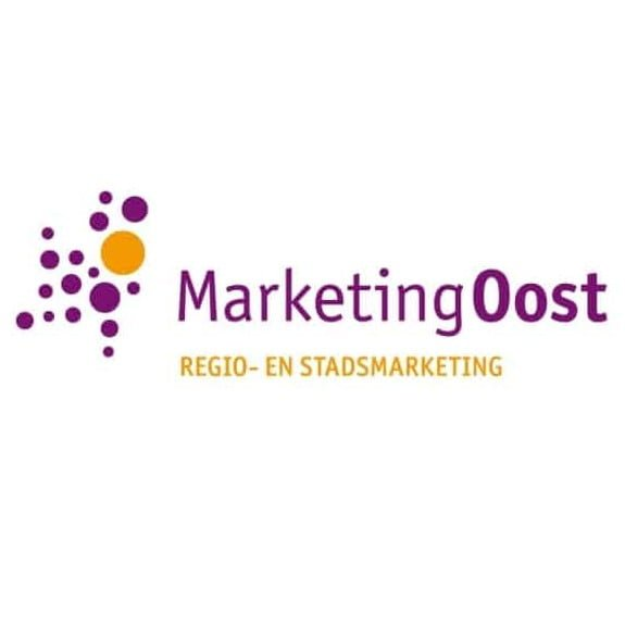 logo marketingoost