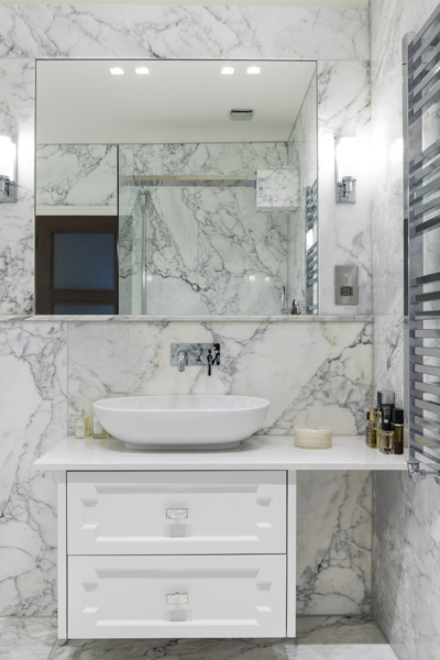 0208-calacatta-marble-bathroom-white-vanity-nw8-st-johns-wood-vorbild-architecture-9