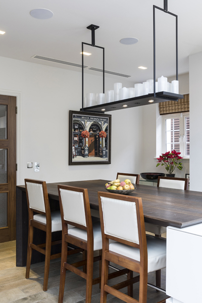 0208-kitchen-breakfast-table-and-lighting-nw8-st-johns-wood-vorbild-architecture-56