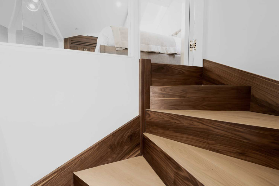 0244 dark wood oak staircase steps to mezzanine in St Johns Wood