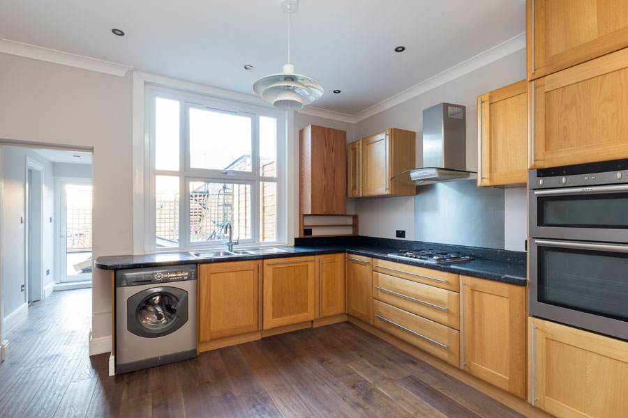 0247-developer-roof-extension-earls-court-vorbild-architecture-flat-1-kitchen-13