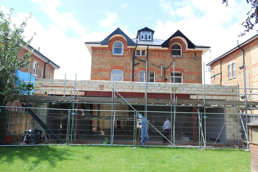 0431 - Refurbishment and large contemporary extension in Teddington vorbild-architecture-21