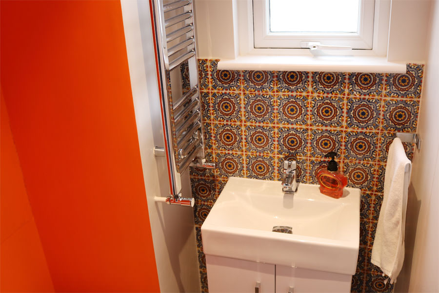 0498-extension-to-end-of-terrace-house-in-wilesden-junction-vorbild-architecture-bathroom