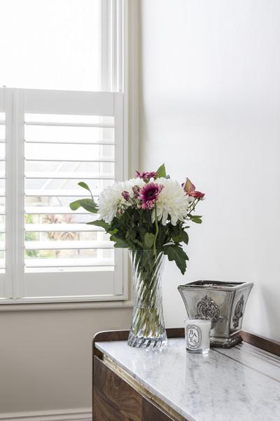 0631-sideboard-flowers-shutters-london-vorbild-architecture-38-9 copy
