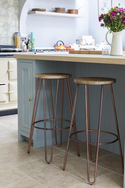 647-copper-wood-bar-stools-kitchen-island-vorbild-architecture-chiswick-32