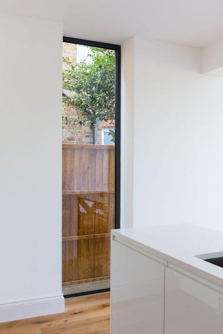 0558 full height glass panel with black aluminium frame