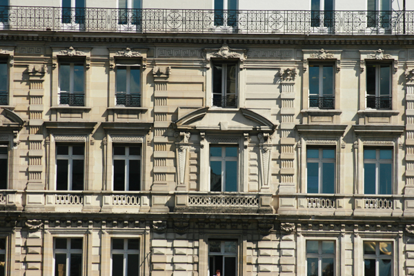 paris-haussmanian-buildings-vorbild-architecture-2