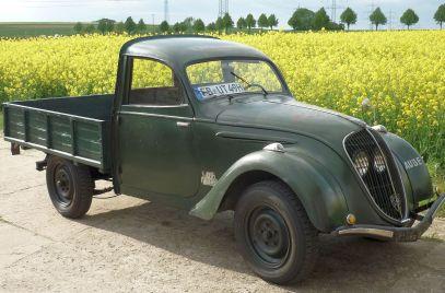 Peugeot_202_UH_Transporter