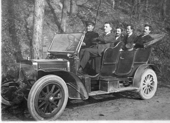 adler_motorwagen_ca-1904-07_galerie