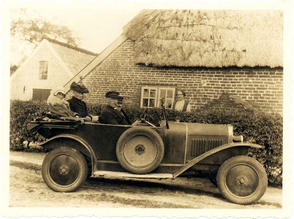 Opel_4-14_PS_bei_Wilhelmshaven_1928_Galerie