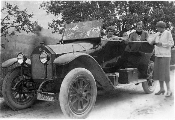 Benz_8-20_PS_1912-14_Nachkrieg_Galerie