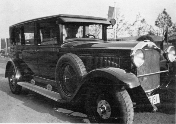 Opel_12-50_PS_oder_größer_Limousine_1927-29_Galerie
