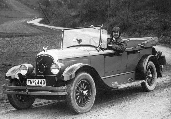 Chrysler_Six_Bj_1926-27_Ak_nach_Erfurt_Weihnachten_1927_Ausschnitt1