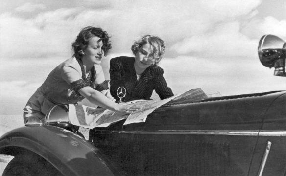 Mercedes-Benz-Reklame_1930er_Galerie