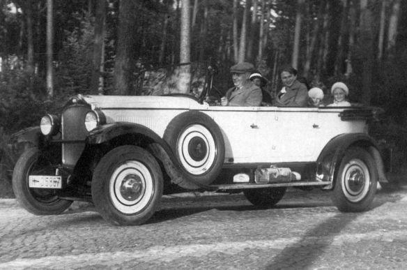 Opel_12-50_PS_oder_stärker_ab_1927_Tourer_Galerie