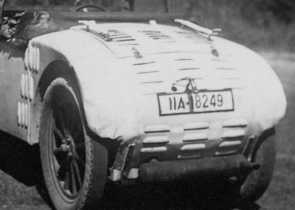 Hanomag_2-10_PS_offen_München_1932_Ausschnitt