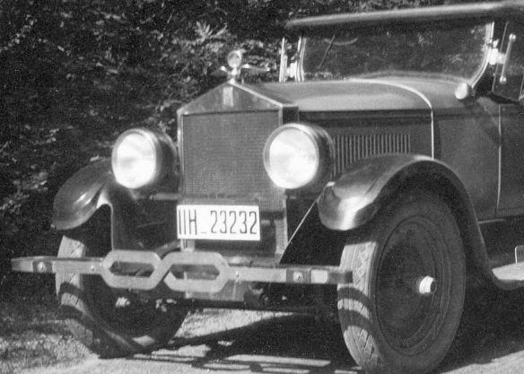 Moon_roadster_1927_Frontpartie