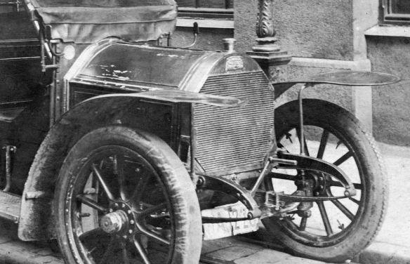 Peugeot_120_oder_122_1908-1910_Berlin_Frontpartie