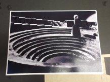 69-9-29 Lucifer NCRV Foto van de maquette, de treden zijn met spiegelende folie bedekt zodat het lijkt also de acteurs zweven Collectie Jan van der Does