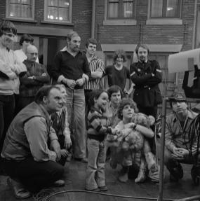 Cast en crew Sesamstraat, 21-2-1977. Collectie Beeld en Geluid