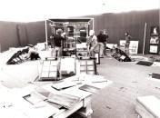 Opbouw beurstand van de afdeling decorontwerp op de Exempla in Munchen 1974. Collectie Nick de Weerd