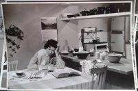 """""""Wat moet ik vanavond toch weer koken?"""" mogelijk reclamefilm voor Maggi. Collectie erven Van Baarle"""