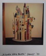 Maquette Ik zoek een boek (1983). Decorontwerper niet bekend. Collectie Martien van den Dijssel