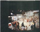 Repetitiefoto 1-2-3 show: Het Romeinse Rijk (KRO, 27-11-1984), decor Roland de Groot. Collectie Roland de Groot