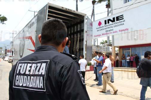 Más de 200 policías resguardan papelería electoral en Chiapas