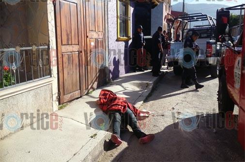 A puñaladas, asesinan a dama en San Cristóbal