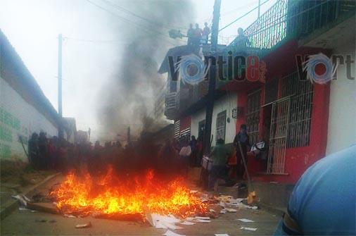 Disturbios por resultado  de elección en Villa Corzo
