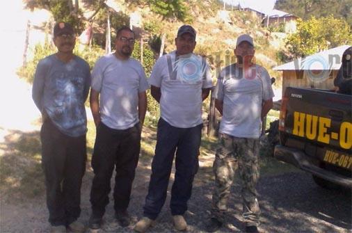 Detienen a presuntos agentes de la PGR en Guatemala
