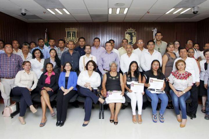 Realiza Rutilio Escandón gira de trabajo por Tonalá