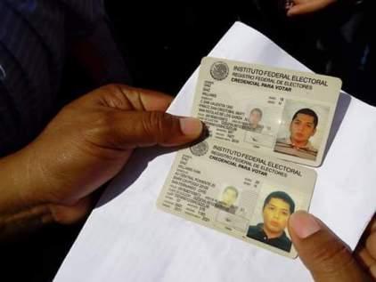 Tenían identificaciones de dos estados