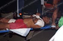 Otra persona, ajena al incident, también resultó herida