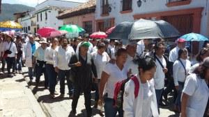 Personal de salud exige medicamentos en Chiapas