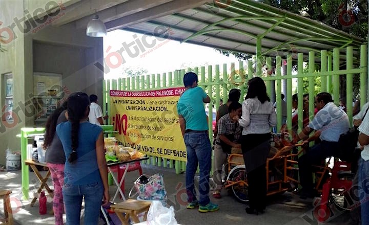 Trabajadores toman la Secretaría de Salud; piden les cumplan pliego petitorio
