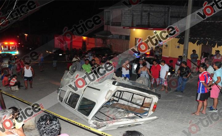 Vuelca Urban en Chiapa de Corzo; tres personas resultaron heridas