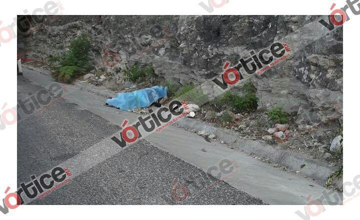 Chofer atropella y mata a joven; arrastró el cadáver fuera de la carretera