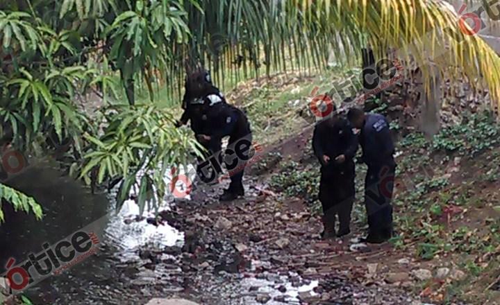 Hallan restos mutilados de una mujer en canal de aguas negras en Tuxtla