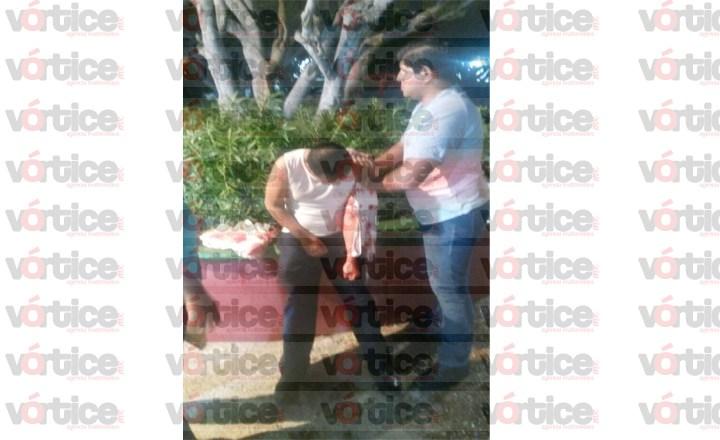Asaltan y apuñalan a joven en pleno parque Bicentenario