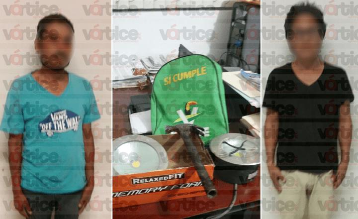 Detienen a dos personas por presunto robo de luminarias en Tuxtla