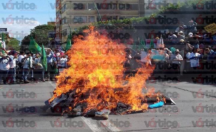 """Crecen protestas contra """"gasolinazo"""" en Chiapas"""
