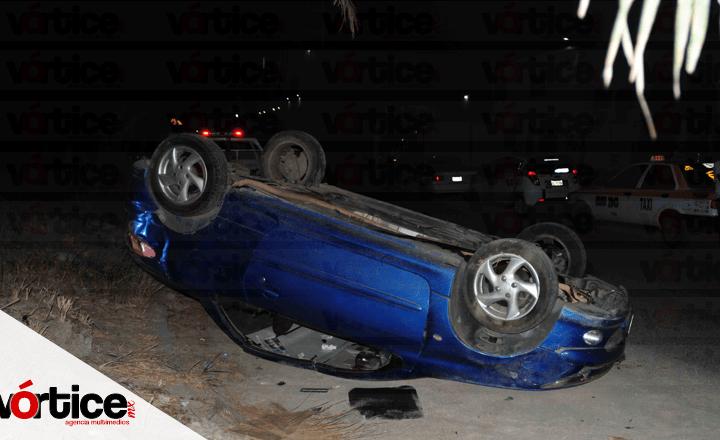 Presunto funcionario de la SSyPC provoca accidente y vuelca