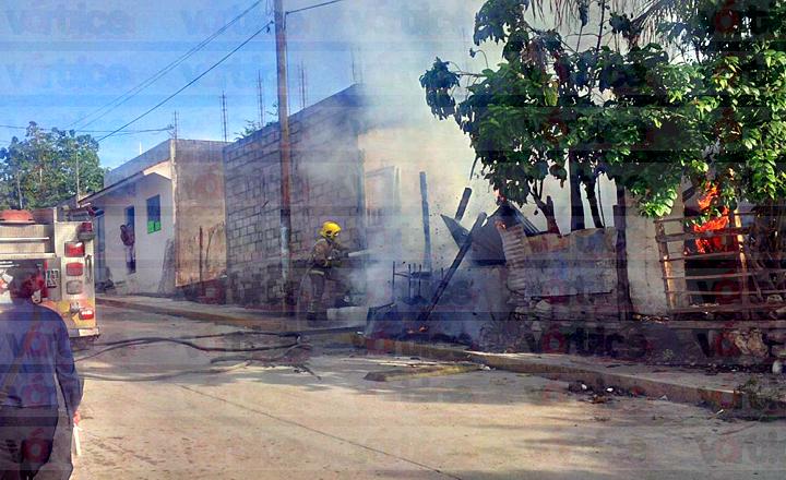 Cuñado provoca incendio y acaba con el patrimonio de una familia en Tuxtla